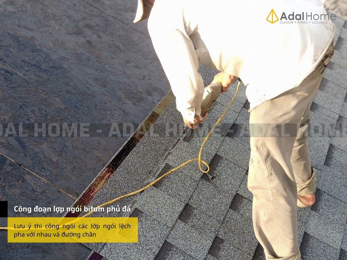 Lợp ngói bitum phủ đá lên nền mái ván