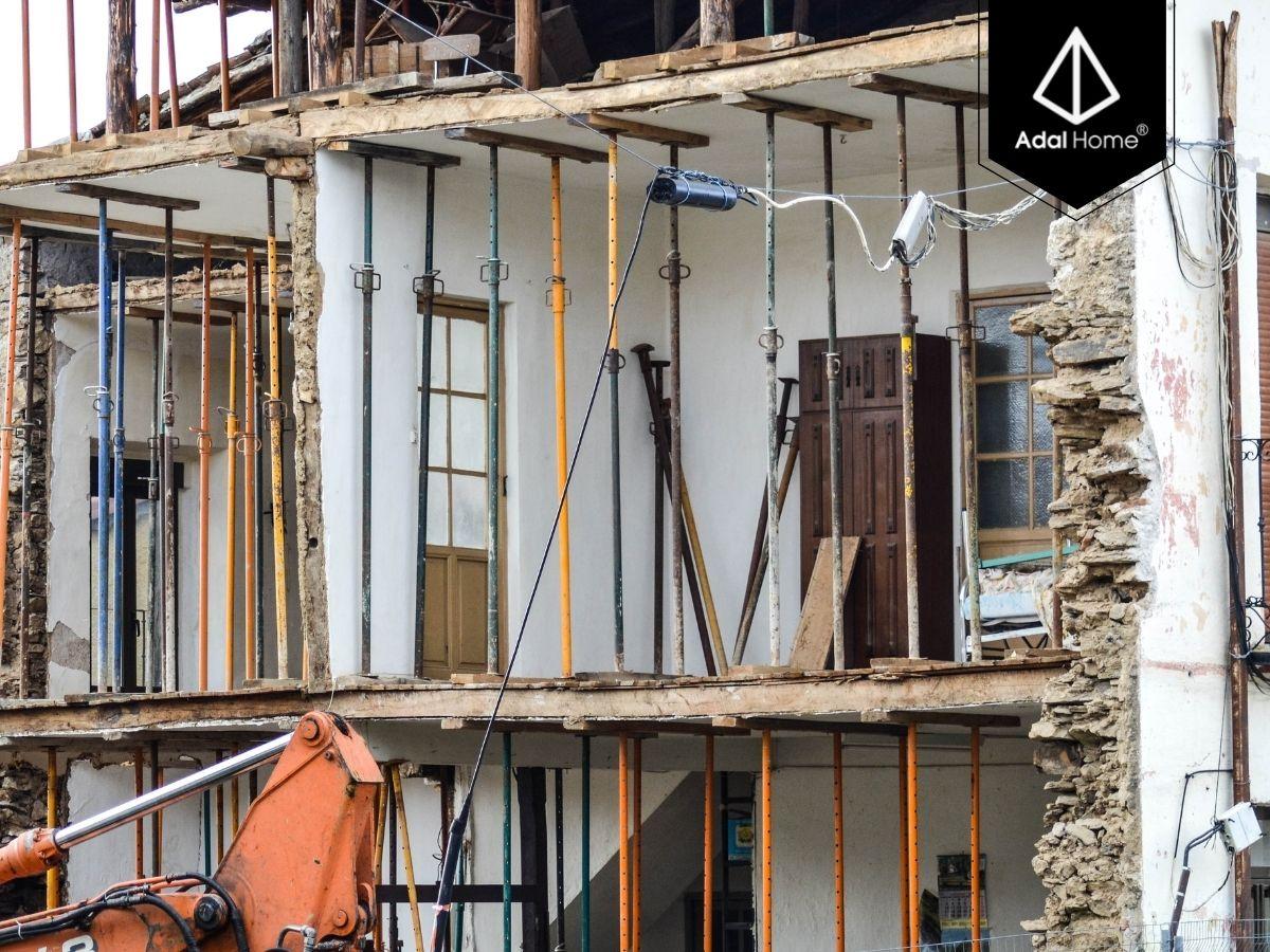Một ngôi nhà cũ cần được cải tạo